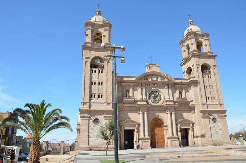 Igreja no centro de Tacna.