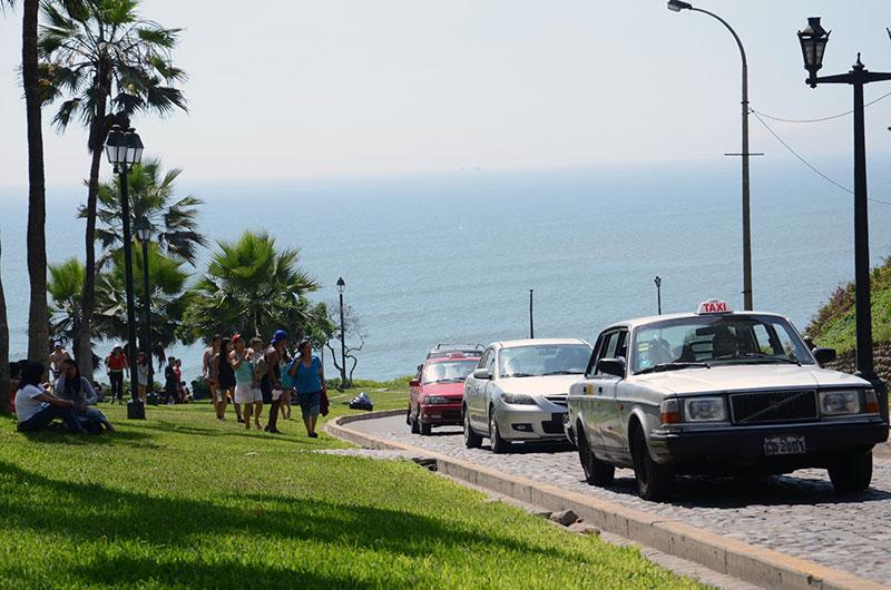 Caminho para a praia em Miraflores