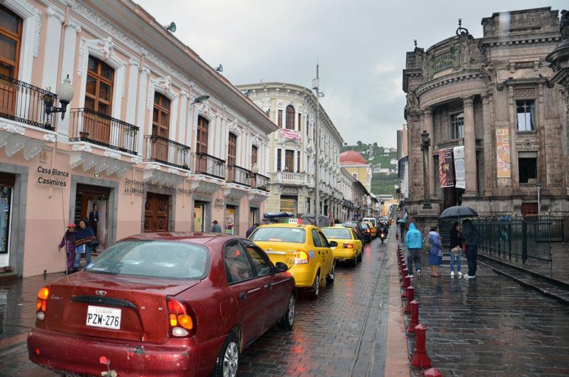 Ruas do centro histórico de Quito