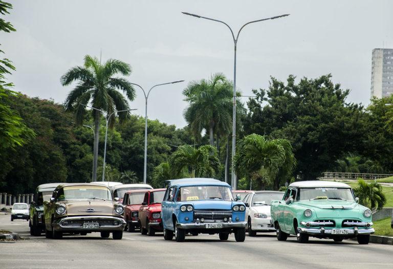 Os carros antigos de Cuba